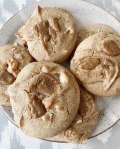 Vegan Maple White Chocolate Macadamia Cookies