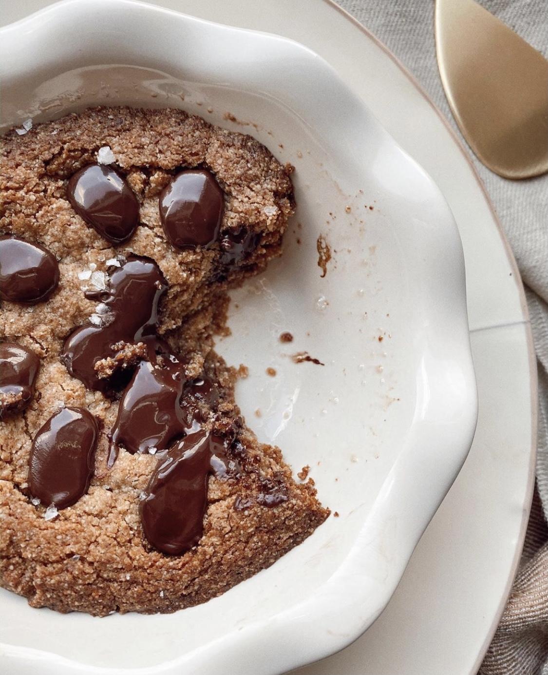 Vegan, GF, Refined Sugar Free Mini Cookie Pies